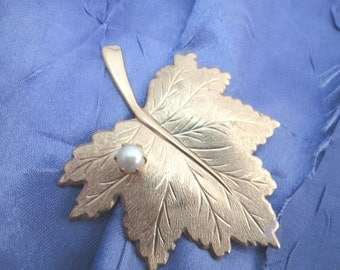 Maple Leaf Brooch with Pearl Brushed Gold Tone Metal Signed SarahCov