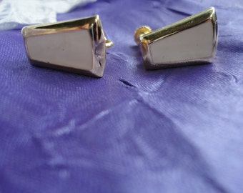 Ivory Enamel and Gold Tone Small Screw Back Earrings by Napier Vintage Jewelry