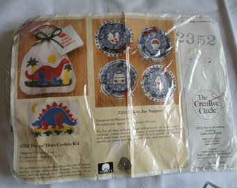 The Creative Circle Vintage Craft Kit Darlin Dino Cookie Kit Unopened