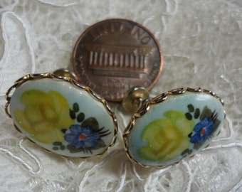 Porcelain or Glass with Yellow Roses Vintage Oval and Goldtone Screwback Earrings