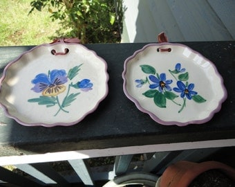 Pair of Sweet Little Hanging Decorative Plates from Provincial Pottery California