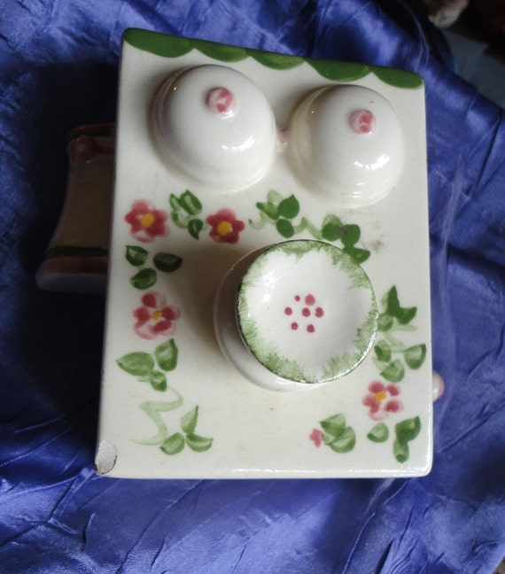 L & F Ceramics Old Style Telephone Shabby Chic Wall Hanging Planter Vintage Home Decor