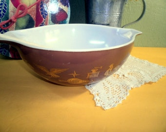 Vintage Pyrex 4 QT Brown Americana Early American Cinderella Mixing Bowl 444