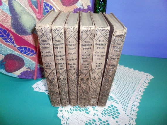 Set of 6 Vintage Bobbsey Twins Books Childrens Stories 1930s 1940s and 1950s