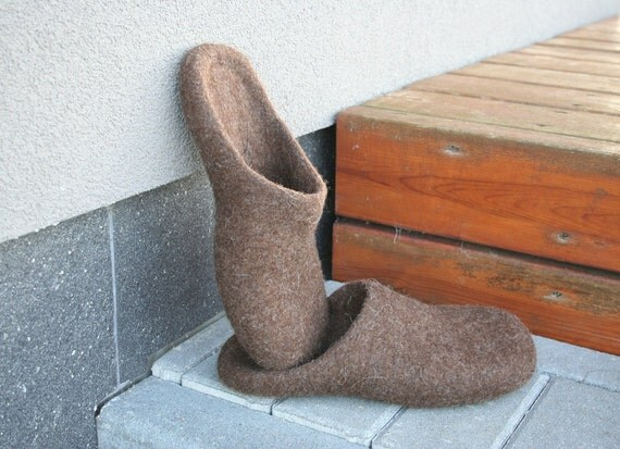 Men slippers - mens house shoes - felted wool clogs - felted wool slippers - Father's day gift - Brown - Grey - Black, Easter gift