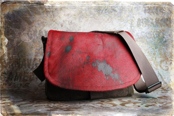 IN STOCK -  Red Distressed Leather DSLR Camera Bag - Medium