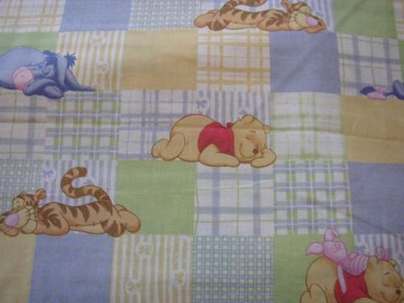 Disney  (Pooh and Friends)  1yd BK234