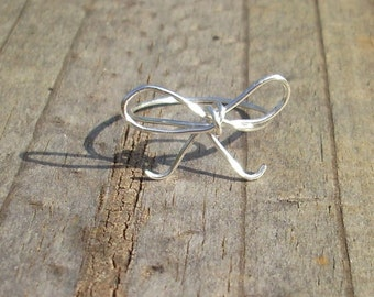 Silver wire Bow Ring