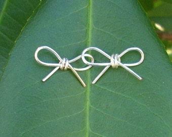 Silver Wire Bow Earrings