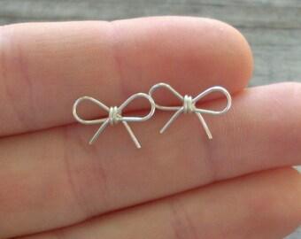 Silver wire Bow  Earrings.