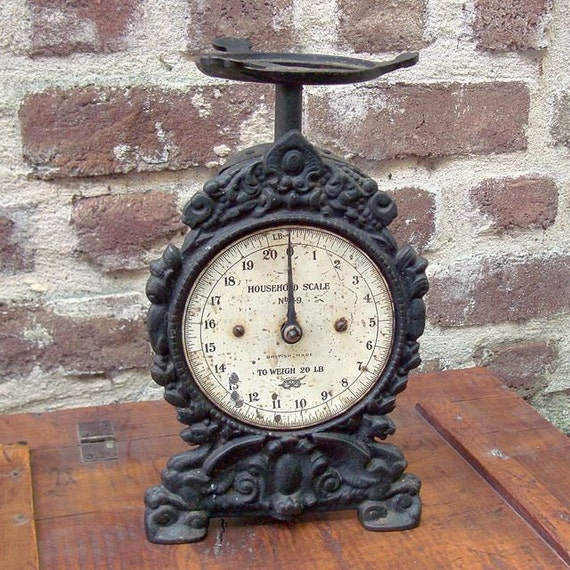 Antique Cast Iron Household Scale