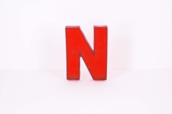 Marquee Letter - N in Red