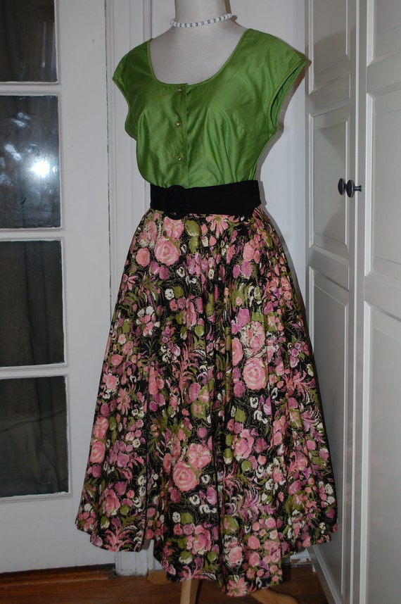 50s Skirt, Full, Circle, Swing Skirt, Cotton, Floral Print, Full Sweep, Size Small/Medium
