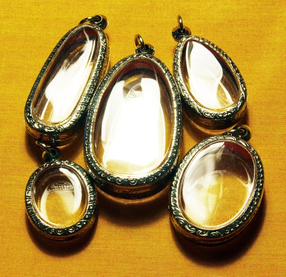 5 Oval Pendant Cases, Antiqued, Engraved, Clear, Blank, Amulet Case, Watch Locket  - ONLY 4.50 DOLLARS EACH
