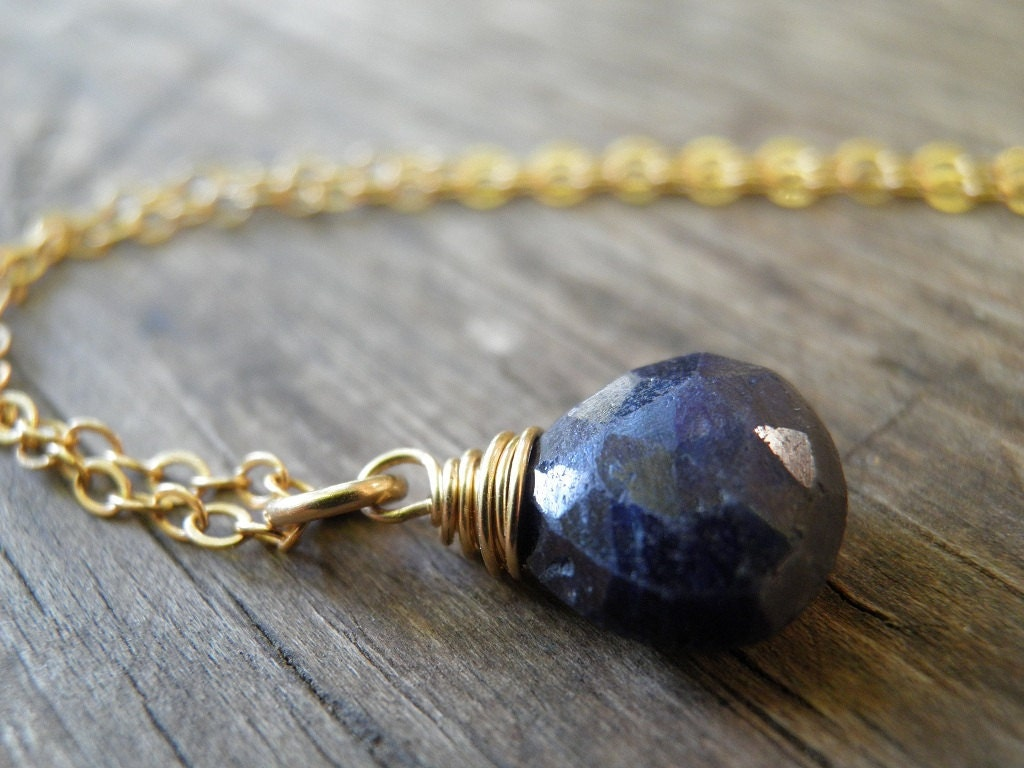 natural blue sapphire necklace september birthstone jewelry. Black Bedroom Furniture Sets. Home Design Ideas
