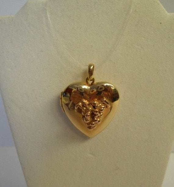 14ky Heart Locket, w/14k Rose Grapes