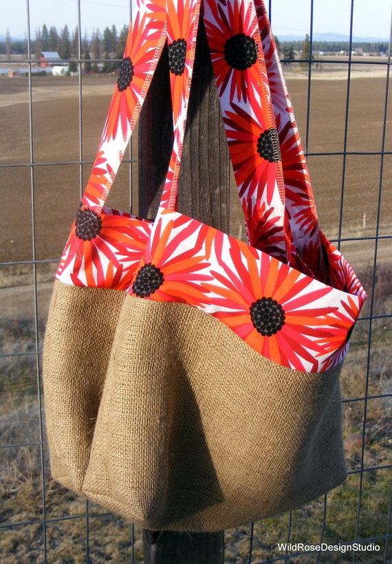 Set of 2 Burlap Grocery Shopping Bags with Red & Black Modern Daisy Print Fabric Trim