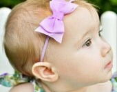 Lavender Baby Bow Headband. Purple Girls Tuxedo Bow Soft Stretchy Headband. Dainty Purple Baby Headband.