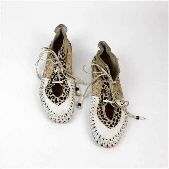 tribal leather moccasins 9.5 woven leopard lace up flats
