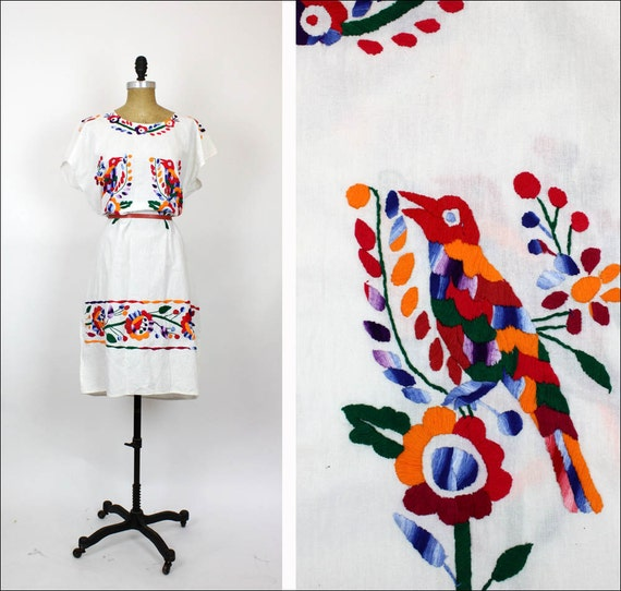 folk embroidery dress / white cotton Rainbow birds & flowers / Mexican vintage