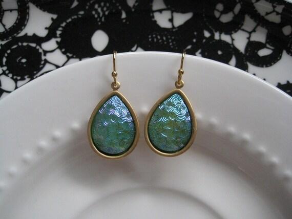 Vintage Iridescent Light Blue and Peridot Glass Jewel Drop Earrings