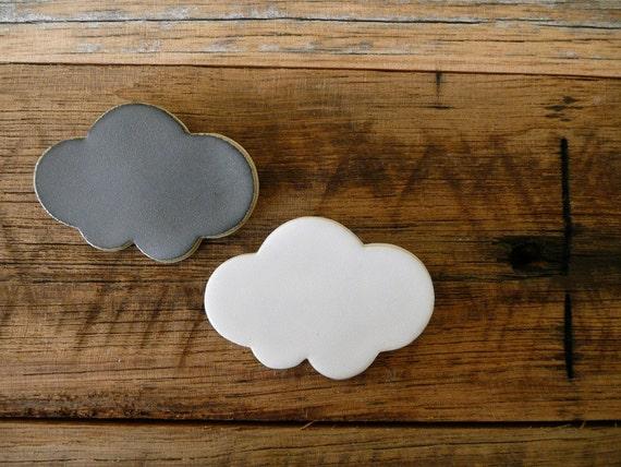 Kumo Cloud White Porcelain Brooch