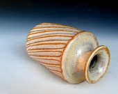Small Vase Cream Glaze