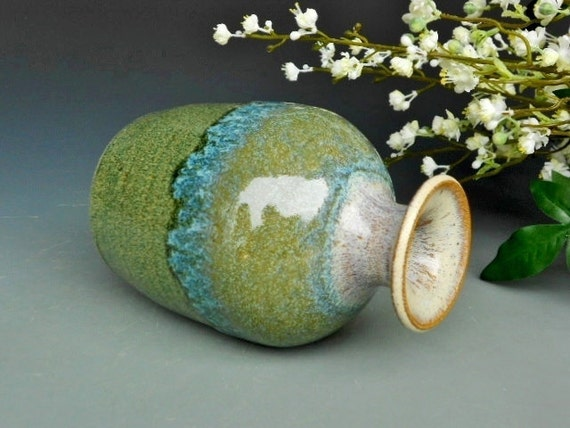Bud Vase Ceramic Pottery