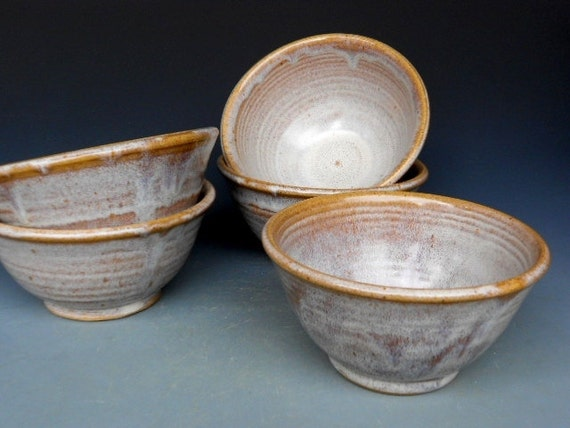 Small Salad Bowls