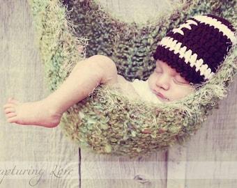Photo Prop Newborn Baby BOY Hammock, Moss Green with Beige fur trim
