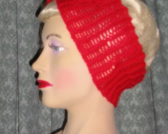 1940s Style Hand Knitted Hair Tidy in Red