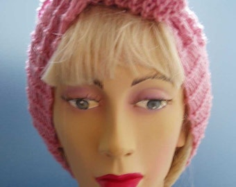 1940s Style Hand Knitted Hair Tidy in Pink