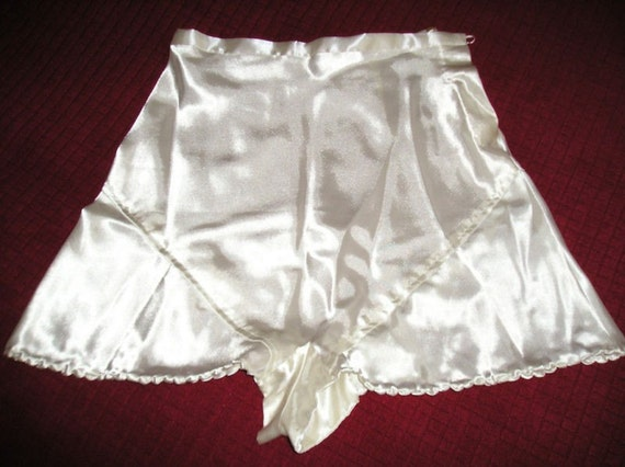 1940s Style, Handmade Satin French Knickers with Button Fastening