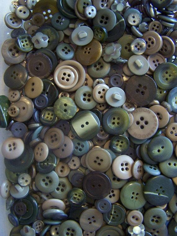 25 Bulk Green Buttons Bulk Buttons Moss Green Buttons Khaki Buttons Tan Buttons Camo Buttons Summer Buttons Button Jewelry