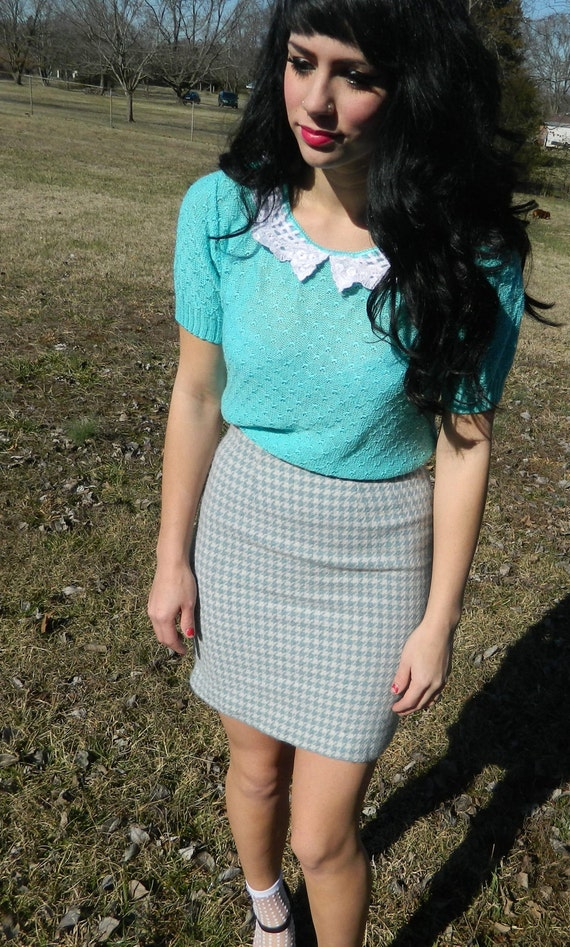 SALE SALE Vintage 90s blue and cream houndstooth pencil skirt