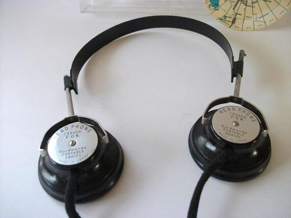Vintage Headphone Set