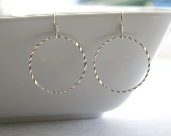 Silver round hoop earrings - THIA