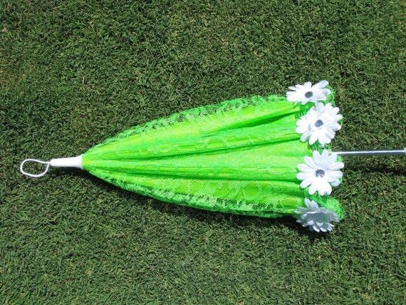 Girls Sun Parasol  - Lime Green - Lace - White Daisy Sun Umbrella - Style 39