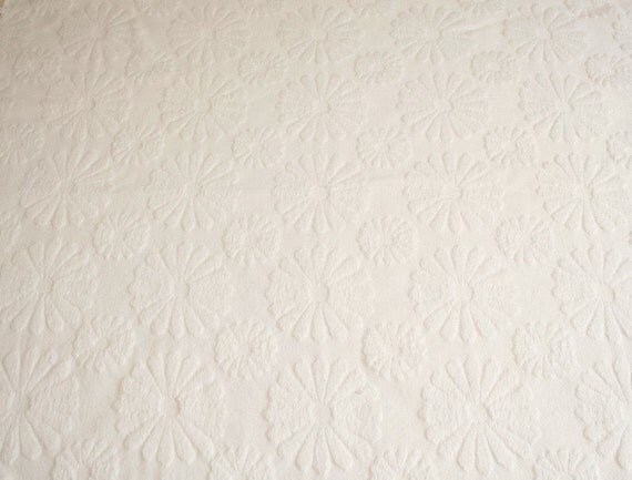 Lovely Embossed White Daisies Woven Cotton Vintage Bedspread Fabric - 36 by 24 Inches