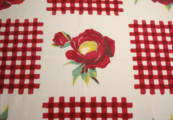 Red Poppies and Gingham Wilendur Vintage Tablecloth Piece - 26 x 26 Inches