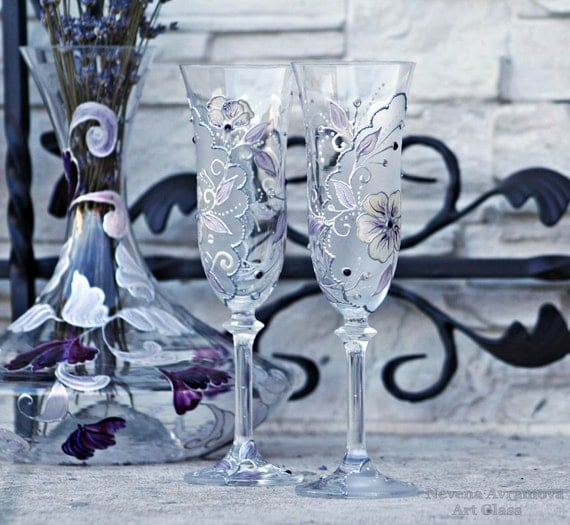 MADE TO ORDER  Set of 2 Wedding Champagne Flutes in Purple,Cream and Silver