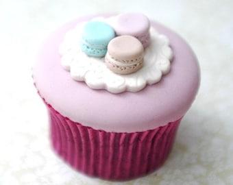 French Macarons Cupcake PDF Tutorial