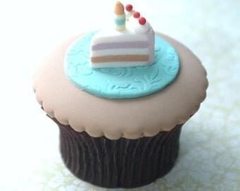 Birthday Cake Slice Cupcake PDF Tutorial