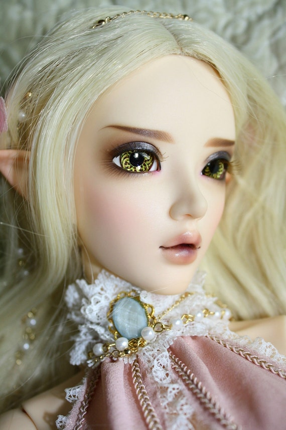 BJD eyes available in 12/14/16/18/20/22/24mm Celtic Knot made to order