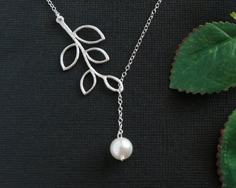 Wedding jewelry, Pearl necklace, Bridesmaid gifts, Bridal shower, Mother of bride, Pearl leaf necklace, Mother day gift