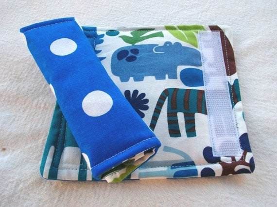 Car Seat Strap Covers - Reversible - 2D Zoo Blue Polka Dots