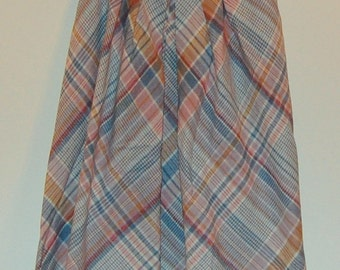 SALE S Vintage 70s Plaid Skirt