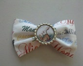 Alice in Wonderland Classic White Rabbit Bottle Cap Bow
