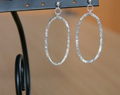 SURF'S UP - long oval silver hoops