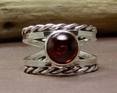 sterling silver and garnet ring size 7 3/4